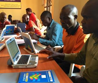 Over 20 librarians from 22 public and community libraries spread across all of Uganda's four regions attended e-literacy skills training organised by EIFL and Maendeleo Foundation.