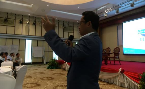 Wanna Net, EIFL Copyright Coordinator in Cambodia presents the Marrakesh Treaty at a national workshop to design Cambodia's strategic plan on disability 2019-2023.